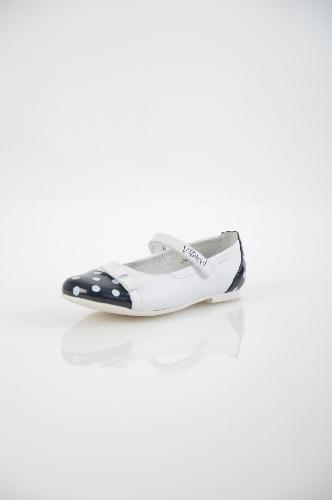 туфли на каблуке vitacci для девочки, белые