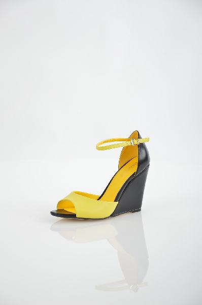 женские босоножки на каблуке inario, желтые