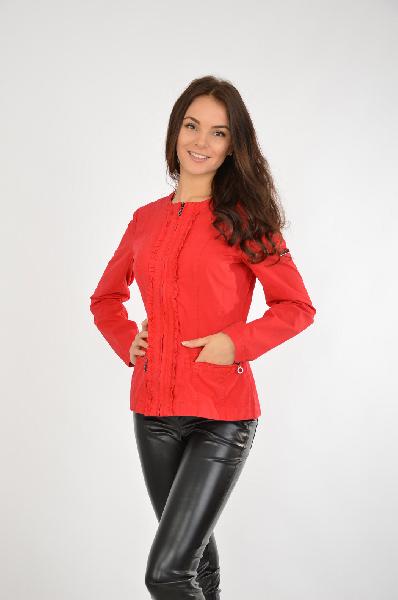 Фото - Куртку FINE FLARE красного цвета