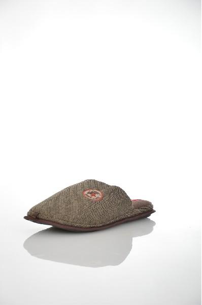 Фото - Тапочки De Fonseca коричневого цвета