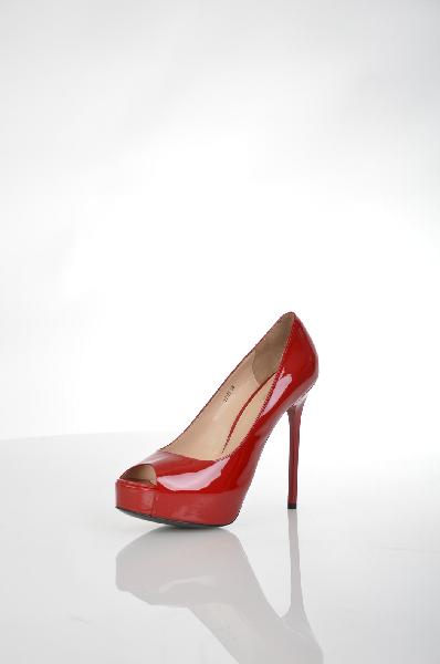 женские туфли на каблуке vitacci, красные