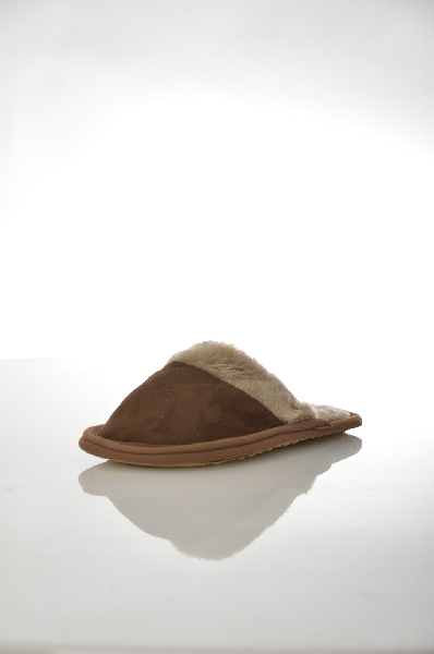 Фото - Тапочки Woolhouse коричневого цвета