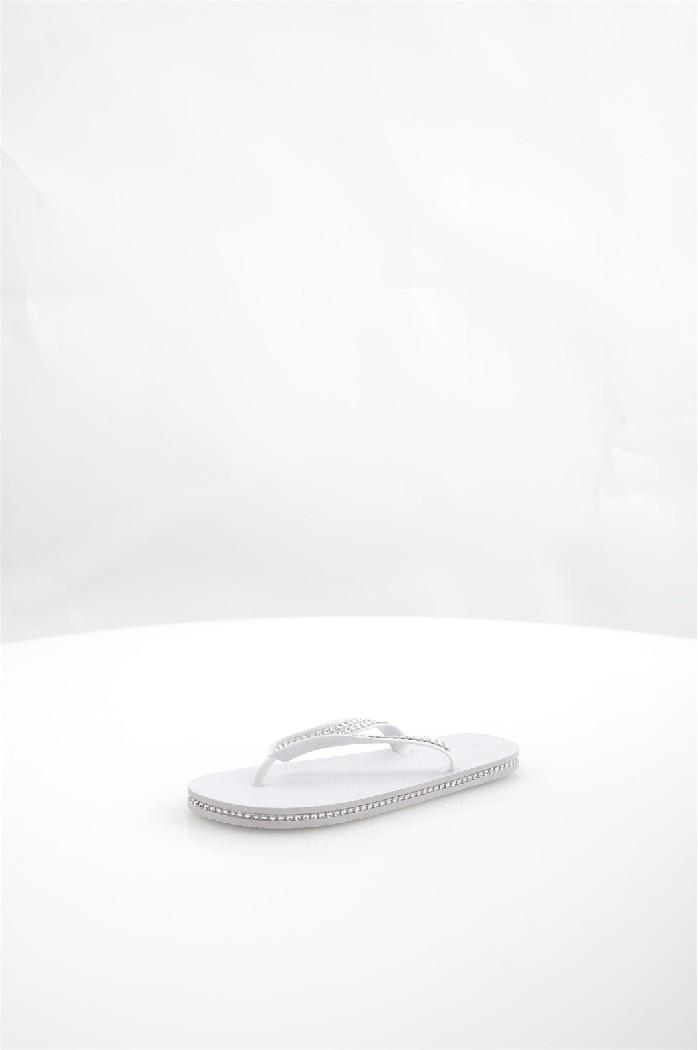 Шлепанцы Piazza ItaliaЖенская обувь<br>Материал верха: полимер<br> Материал подошвы: полимер<br> Сезон: лето<br> Цвет: белый<br> Детали обуви: камни/стразы<br> <br> Страна: Италия<br><br>Материал: Полимер<br>Сезон: ЛЕТО<br>Коллекция: Весна-лето<br>Пол: Женский<br>Возраст: Взрослый<br>Цвет: Белый<br>Размер RU: 37