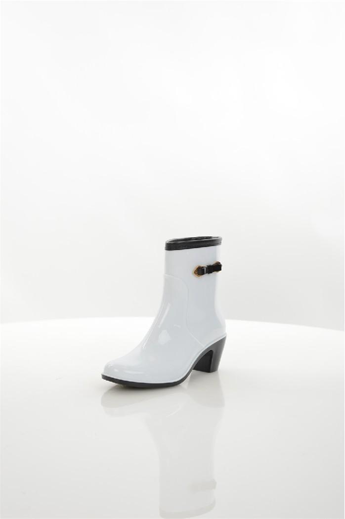Резиновые сапоги CooperЖенская обувь<br>Цвет: белый<br> Состав: ПВХ 100%<br> <br> Вид застежки: Без застежки<br> Материал подкладки обуви: Фельпа<br> Материал подошвы обуви: резина<br> Материал стельки: текстиль<br> Вид каблука: столбик<br> Форма мыска: круглый<br> Габариты предметов: Высота платформы; Высота подошвы; Высота каблука<br> Назначение обуви: повседневная<br> Вид мыска: закрытый<br> Сезон: демисезон<br> Пол: Женский<br> Страна: Россия<br><br>Материал: ПВХ<br>Сезон: ВЕСНА/ОСЕНЬ<br>Коллекция: Весна-лето<br>Пол: Женский<br>Возраст: Взрослый<br>Цвет: Белый<br>Размер RU: 38