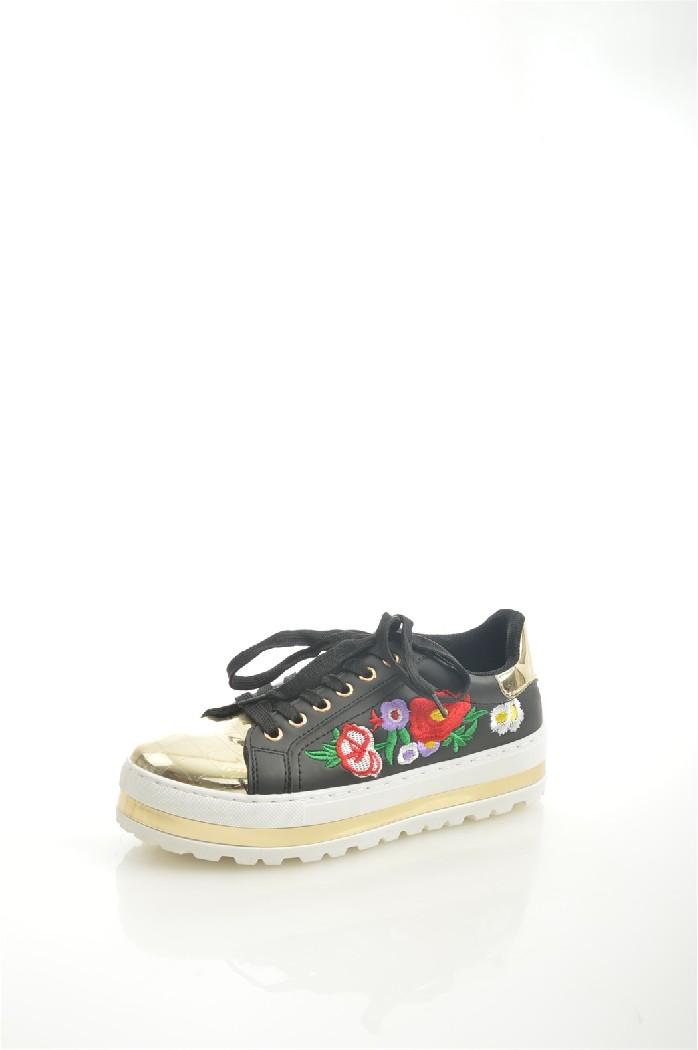 Кеды Sergio TodziЖенская обувь<br>Материал верха: искусственная кожа, искусственная лаковая кожа<br> Внутренний материал: искусственная кожа<br> Материал подошвы: полимер<br> Материал стельки: искусственная кожа<br> Сезон: демисезон, лето<br> Цвет: черный<br> Узор: цветочный<br> Застежка: на шнурках<br> Детали обуви: вышивка<br> Цвет фурнитуры: серебряный<br> <br> Страна: Италия<br><br>Материал: Искусственная кожа<br>Сезон: ЛЕТО<br>Коллекция: Весна-лето<br>Пол: Женский<br>Возраст: Взрослый<br>Цвет: Черный<br>Размер RU: 37