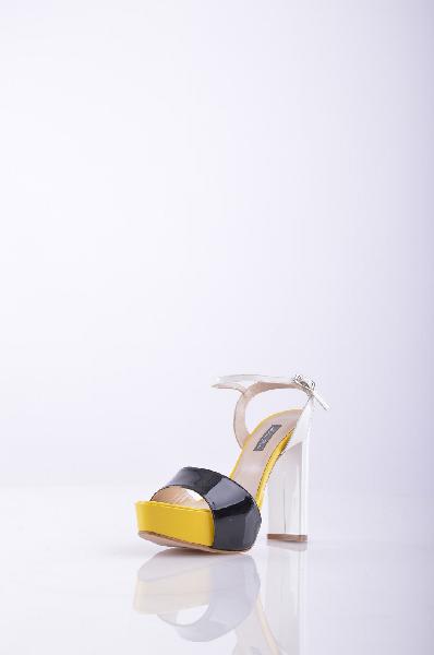 ANDREA PINTO СандалииЖенская обувь<br>Высота каблука: 11.5 см<br>Страна: Италия<br><br>Высота каблука: 11.5 см<br>Сезон: ЛЕТО<br>Коллекция: Весна-лето<br>Пол: Женский<br>Возраст: Взрослый<br>Цвет: Разноцветный<br>Размер RU: 37