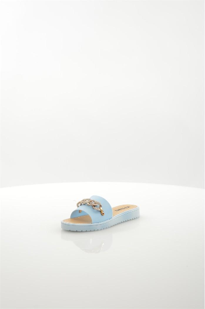 Шлепанцы KEDDOЖенская обувь<br>Цвет: Голубой<br> Состав: ПВХ 100%<br> <br> Материал подошвы: Полимер<br> Вид застежки: Без застежки<br> Материал подкладки: без подкладки<br> Высота обуви: низкие<br> Вид каблука: без каблука<br> Назначение обуви: повседневная<br> Вид мыска: открытый<br> Сезон: лето<br> Страна: Великобритания<br><br>Высота каблука: Без каблука<br>Материал: ПВХ<br>Сезон: ЛЕТО<br>Коллекция: Весна-лето<br>Пол: Женский<br>Возраст: Взрослый<br>Цвет: Голубой<br>Размер RU: 37