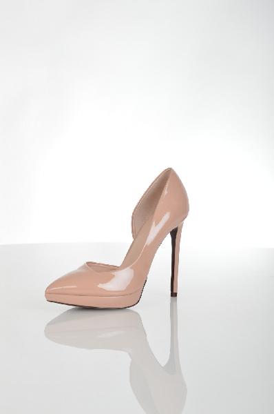 Туфли AldoЖенская обувь<br>Туфли Aldo выполнены из искусственной лаковой кожи розового цвета. Детали: стелька из натуральной кожи, заостренный мысок, небольшая платформа, шпилька.<br> <br> Материал верха искусственная лаковая кожа<br> Внутренний материал искусственная кожа<br> Материал сте...<br><br>Высота каблука: 12.5 см<br>Высота платформы: 2 см<br>Материал: Искусственная кожа<br>Сезон: МУЛЬТИ<br>Коллекция: (Справочник &quot;Номенклатура&quot; (Общие)): Осень-зима<br>Пол: Женский<br>Возраст: Взрослый<br>Цвет: Бежевый<br>Размер RU: 38