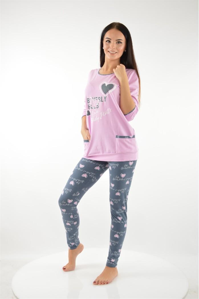 Пижама CLEOЖенская одежда<br>Цвет: розовый,темно-серый<br> Состав: хлопок 100%<br> <br> Длина рукава: 3/4<br> Покрой: приталенный<br> Тип карманов: накладные<br> Параметры брючин: ширина брючин - низ: 10 см; длина по внутреннему шву: 78.5 см<br> Фактура материала: Трикотажный<br> Уход за вещами: бережная стирка при 30 градусах<br> Рисунок: звери<br> Длина изделия: верх: 72.5 см; низ: 98 см<br> Назначение: домашняя одежда<br> Сезон: круглогодичный<br> Пол: Женский<br> Страна бренда: Россия<br> Страна производитель: Россия<br> Комплектация: леггинсы, блузка<br><br>Материал: Хлопок<br>Сезон: МУЛЬТИ<br>Коллекция: Весна-лето<br>Пол: Женский<br>Возраст: Взрослый<br>Цвет: Разноцветный<br>Размер INT: M