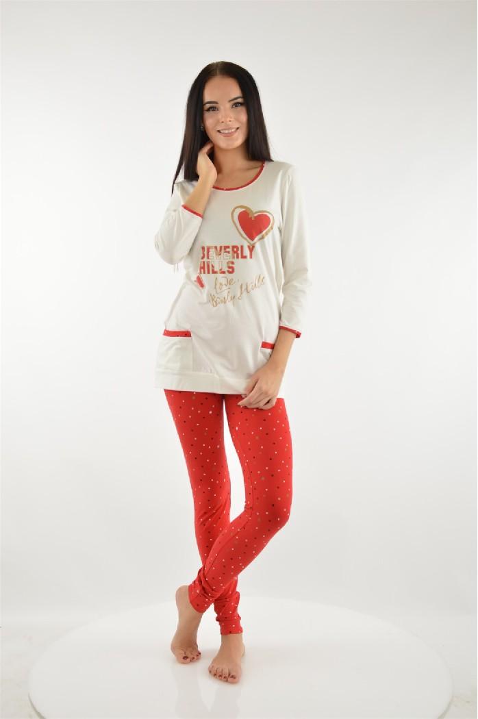 Пижама CLEOЖенская одежда<br>Цвет: красный,молочный<br> Состав: хлопок 100%<br> <br> Длина рукава: 3/4<br> Покрой: приталенный<br> Тип карманов: накладные<br> Параметры брючин: ширина брючин - низ: 10 см; длина по внутреннему шву: 78.5 см<br> Фактура материала: Трикотажный<br> Уход за вещами: бережная стирка при 30 градусах<br> Рисунок: звери<br> Длина изделия: верх: 72.5 см; низ: 98 см<br> Назначение: домашняя одежда<br> Сезон: круглогодичный<br> Страна бренда: Россия<br> Страна производитель: Россия<br><br>Материал: Хлопок<br>Сезон: МУЛЬТИ<br>Коллекция: Весна-лето<br>Пол: Женский<br>Возраст: Взрослый<br>Цвет: Разноцветный<br>Размер INT: S/M
