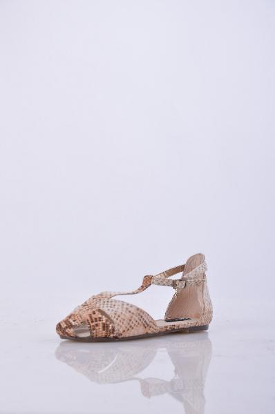 Blink - БосоножкиЖенская обувь<br>Материал: Полиуретан<br>Страна: Нидерланды<br><br>Высота каблука: Без каблука<br>Материал: Полиуретан<br>Сезон: ЛЕТО<br>Коллекция: Весна-лето<br>Пол: Женский<br>Возраст: Взрослый<br>Цвет: Разноцветный<br>Размер RU: 37