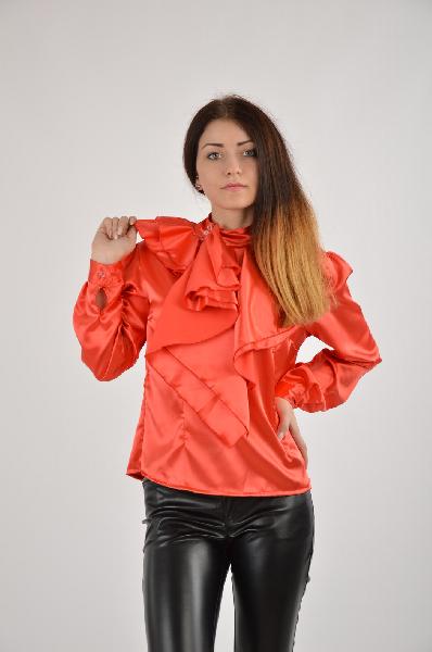 Jonathan Corey БлузаЖенская одежда<br>Материал: 100% вискоза<br>Страна: Италия<br><br>Материал: Вискоза<br>Сезон: ЛЕТО<br>Коллекция: Весна-лето<br>Пол: Женский<br>Возраст: Взрослый<br>Цвет: Красный<br>Размер INT: S