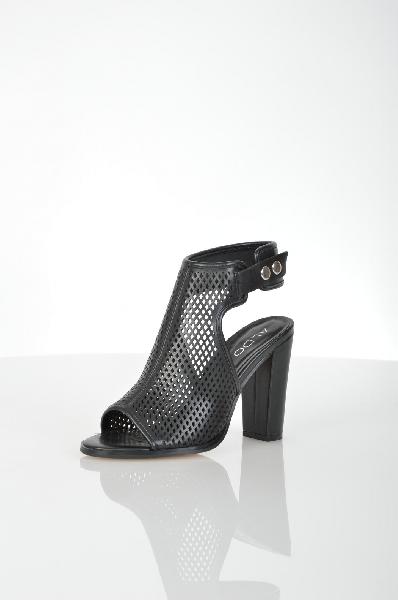 Босоножки AldoЖенская обувь<br>Женские босоножки на высоком каблуке от Aldo. Модель выполнена из искусственной кожи со сквозной перфорацией и дополнена застежкой на серебристые металлические кнопки. Детали: внутренняя отделка и стелька из искусственной кожи, открытый носок и пятка, обтянутый каблук, резиновая подошва.<br> <br> Материал верха искусственная кожа<br> Внутренний материал искусственная кожа<br> Материал стельки искусственная кожа<br> Материал подошвы резина<br> Высота каблука 11 см<br> Высота 7 см<br> Цвет черный<br> Сезон Лето<br> Коллекция Весна-лето<br> Детали обуви вырезы на обуви, перфорация<br> Страна: Канада<br><br>Высота каблука: 11 см<br>Материал: Искусственная кожа<br>Сезон: ЛЕТО<br>Коллекция: Весна-лето<br>Пол: Женский<br>Возраст: Взрослый<br>Цвет: Черный<br>Размер RU: 38