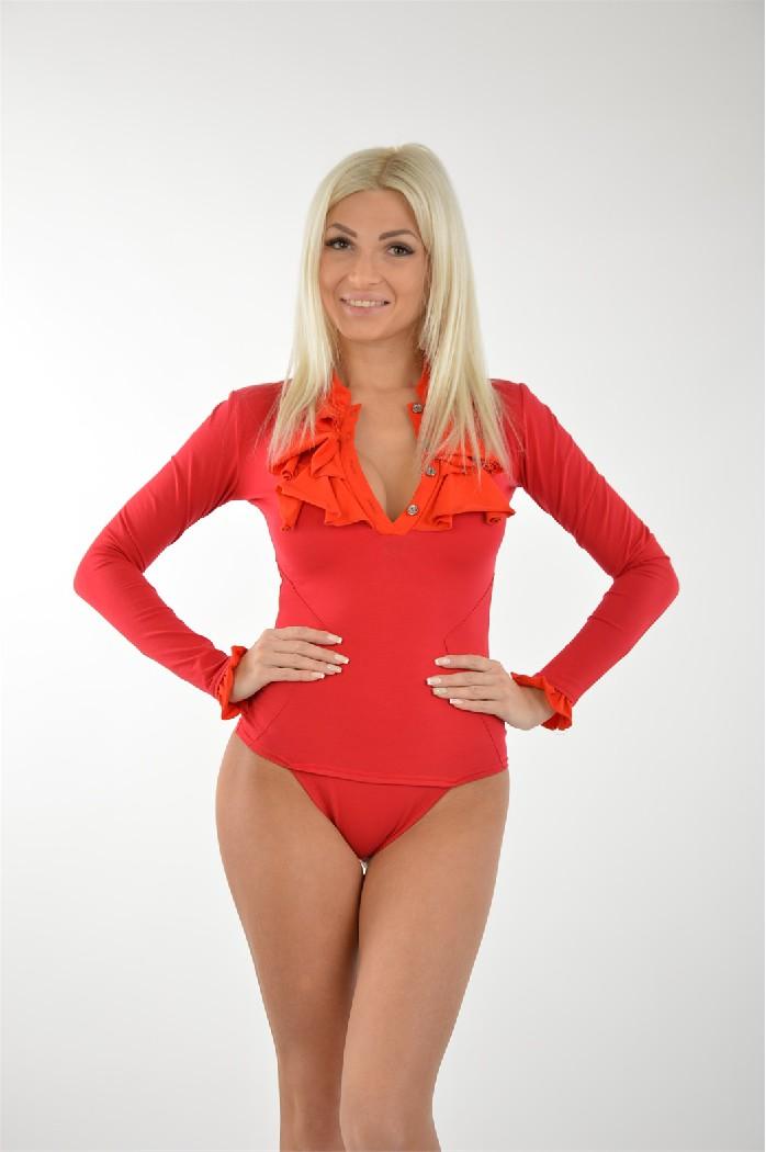 Боди GlossЖенская одежда<br>Цвет: красный, алый<br> Состав: 92% хлопок, 8% эластан<br> Уход за изделием: глажка, ручная стирка, сухую чистку не применять<br> Параметры изделия: <br> для размера 36/42: обхват груди 84 см, длина рукава 57 см, длина изделия по спинке 51 см<br> <br> Страна дизайна: Россия<br> Страна производства: Россия<br><br>Материал: Хлопок<br>Сезон: ЛЕТО<br>Коллекция: Весна-лето<br>Пол: Женский<br>Возраст: Взрослый<br>Цвет: Красный<br>Размер INT: S