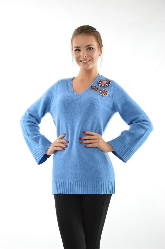 Пуловер PinkoЖенская одежда<br>Пуловер Pinko выполнен из мягкой натуральной шерсти.<br> <br> Состав: Шерсть - 100%<br> Длина рукава: 74 см<br> Длина: 75 см<br> Цвет: голубой<br> Коллекция: Весна-осень<br> Вырез/воротник: V-вырез<br> Отделан украшением из натуральных камней<br> <br> Страна: Италия<br><br>Материал: Шерсть<br>Сезон: ВЕСНА/ОСЕНЬ<br>Коллекция: Осень-зима<br>Пол: Женский<br>Возраст: Взрослый<br>Цвет: Голубой<br>Размер INT: S
