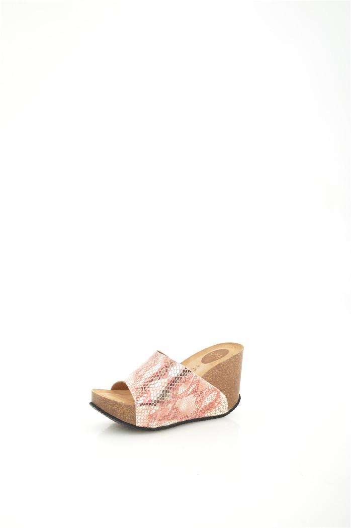 Сабо UMAЖенская обувь<br>Цвет: розовый<br> Состав: верх: 100% натуральная кожа, подкладка: стелька: 100% натуральная кожа, подкладка: 100% натуральная кожа, подошва: 100% резина<br> Высота танкетки: 10,5 см<br> Высота платформы: 3,5 см<br> <br> Страна дизайна: Испания<br> Страна производства: Испания<br><br>Высота каблука: 10.5 см<br>Высота платформы: 3.5 см<br>Материал: Натуральная кожа<br>Сезон: ЛЕТО<br>Коллекция: Весна-лето<br>Пол: Женский<br>Возраст: Взрослый<br>Цвет: Розовый<br>Размер RU: 38