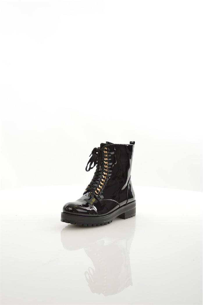 Полусапожки LINO MORANOЖенская обувь<br>Цвет: черный<br> Состав: искусственный материал 100%<br> <br> Вид застежки: Шнуровка<br> Материал подкладки обуви: Искусственный материал<br> Материал подошвы обуви: искусственный материал<br> Материал стельки: искусственный материал<br> Форма мыска: круглый<br> Фактура материала: Гладкий<br> Габариты предметов: Высота платформы: 2 см; Высота подошвы: 2 см; Высота каблука: 3 см<br> Вид мыска: закрытый<br> Сезон: демисезон<br> Пол: Женский<br> Страна бренда: Россия<br> Страна производитель: Россия<br><br>Высота каблука: 3 см<br>Высота платформы: 2 см<br>Материал: Искусственный материал<br>Сезон: ВЕСНА/ОСЕНЬ<br>Коллекция: Осень-зима<br>Пол: Женский<br>Возраст: Взрослый<br>Цвет: Черный<br>Размер RU: 37