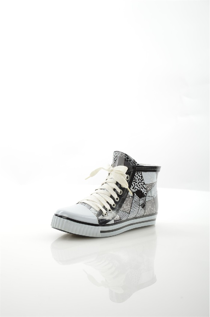 Ботинки NOBBAROЖенская обувь<br>Цвет: черный<br> Материал верха: резина<br> Материал подкладки: текстиль<br> Материал стельки: текстиль<br> Материал подошвы: резина, рифленая<br> Высота голенища: 9,5 см<br> Местоположение логотипа: стелька<br><br>Высота голенища / задника: 9.5 см<br>Материал: Резина<br>Сезон: ВЕСНА/ОСЕНЬ<br>Коллекция: Осень-зима<br>Пол: Женский<br>Возраст: Взрослый<br>Цвет: Разноцветный<br>Размер RU: 38