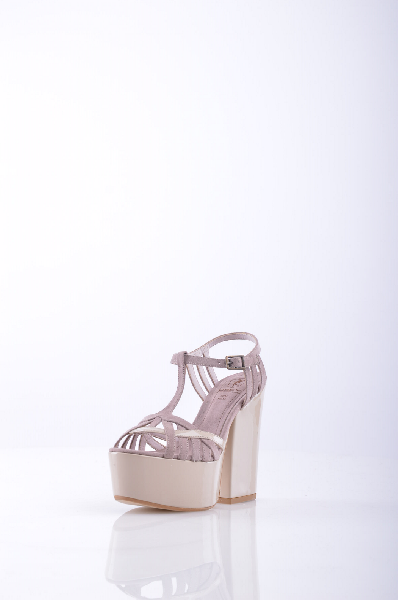 Босоножки OSEYЖенская обувь<br>Описание: алькантара, одноцветное изделие, боковая пряжка, скругленный носок, без аппликаций, резиновая подошва, квадратный каблук. <br><br>Высота каблука: 12.5 см. <br>Высота платформы: 5 см <br><br>Страна: Турция<br><br>Высота каблука: 12.5 см<br>Высота платформы: 5 см<br>Материал: Текстильное волокно<br>Сезон: ЛЕТО<br>Коллекция: (Справочник &quot;Номенклатура&quot; (Общие)): Весна-лето<br>Пол: Женский<br>Возраст: Взрослый<br>Цвет: Розовый<br>Размер RU: 36