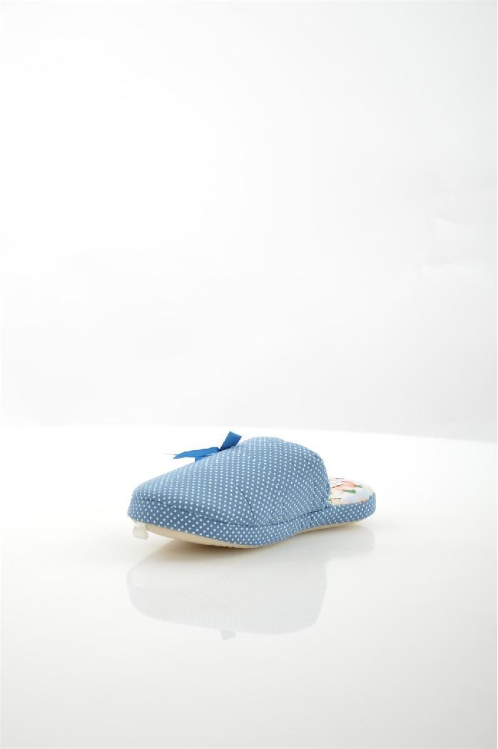 Тапочки De FonsecaЖенская обувь<br>Цвет: синий<br> Состав: текстиль 100%<br> <br> Материал подкладки: Текстиль<br> Габариты предмета: высота платформы: 1 см; высота каблука: 1 см; высота подошвы: 1 см<br> Материал подошвы: резина<br> Материал стельки: текстиль<br> <br> Страна бренда: Италия<br><br>Высота платформы: 1 см<br>Материал: Текстиль<br>Сезон: МУЛЬТИ<br>Коллекция: (Справочник &quot;Номенклатура&quot; (Общие)): Весна-лето<br>Пол: Женский<br>Возраст: Взрослый<br>Цвет: Синий<br>Размер RU: 37/38