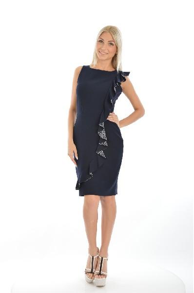 Платье Jus DOrangeЖенская одежда<br>Эффектное платье-футляр черного цвета. Особую пикантность изделию придает диагональная вставка из воланов. Платье отлично садится по фигуре, подчеркивая женские формы. Подойдет для вечернего мероприятия или свидания.<br>Материал: 33% Вискоза, 64% Полиэстер, 3% Спандекс<br> Страна: Франция<br><br>Материал: Полиэстер<br>Сезон: МУЛЬТИ<br>Коллекция: Весна-лето<br>Пол: Женский<br>Возраст: Взрослый<br>Цвет: Темно-синий<br>Размер INT: M