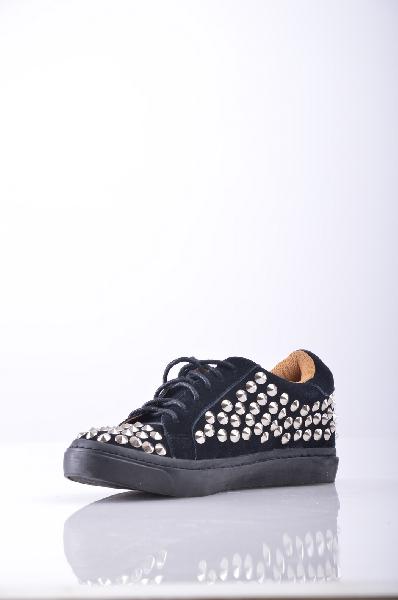 Кеды JEFFREY CAMPBELLЖенская обувь<br>Материал: замша, заклепки, одноцветное изделие, шнуровка, скругленный носок, резиновая подошва.<br>Страна: США<br><br>Высота каблука: Без каблука<br>Материал: Натуральная кожа<br>Сезон: ЛЕТО<br>Коллекция: Весна-лето<br>Пол: Женский<br>Возраст: Взрослый<br>Цвет: Черный<br>Размер RU: 37