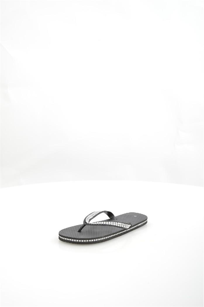 Шлепанцы Piazza ItaliaЖенская обувь<br>Материал верха: полимер<br> Материал подошвы: полимер<br> Сезон: лето<br> Цвет: черный<br> Детали обуви: камни/стразы<br> <br> Страна: Италия<br><br>Материал: Полимер<br>Сезон: ЛЕТО<br>Коллекция: Весна-лето<br>Пол: Женский<br>Возраст: Взрослый<br>Цвет: Черный<br>Размер RU: 38