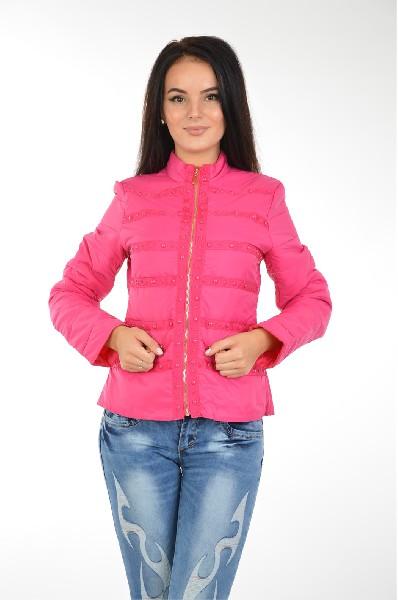 Куртка утепленная AdrixxЖенская одежда<br>Куртка утепленная от Adrixx приталенного кроя. Модель выполнена из стеганого текстиля и утеплена тонким слоем синтепона. Детали: текстильная подкладка, два кармана на молнии, застежка на молнию, клепки.<br> <br> Состав Нейлон - 100%<br> Материал подкладки Полиэстер - 100%<br> Утеплитель Полиэстер - 100%<br> Длина рукава 57 см<br> Длина 53 см<br> Длина до бедра<br> Застежка на молнии<br> Цвет фуксия<br> Сезон Демисезон<br> Стиль Повседневный<br> Коллекция Весна-лето<br> Детали одежды клепки<br> Узор Однотонный<br> Тип размера Стандартный<br> Карманы 2<br> Страна: EU<br><br>Материал: Нейлон<br>Сезон: ВЕСНА/ОСЕНЬ<br>Коллекция: Весна-лето<br>Пол: Женский<br>Возраст: Взрослый<br>Цвет: Красный<br>Размер INT: XL