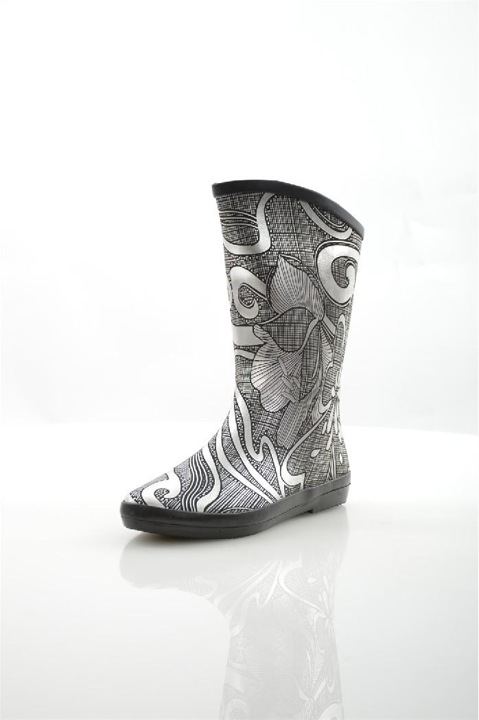 Сапоги резиновые NOBBAROЖенская обувь<br>Цвет: серебряный<br> Материал верха: резина<br> Материал подкладки: текстиль<br> Материал стельки: текстиль<br> Материал подошвы: искусственный материал, шероховатая<br> Высота голенища: 21,5 см<br> Высота каблука: 1,5 см<br> Цвет и обтяжка каблука: черный, не обтянут<br> Местоположение логотипа: стелька<br><br>Высота каблука: 1.5 см<br>Высота голенища / задника: 21 см<br>Материал: Резина<br>Сезон: ВЕСНА/ОСЕНЬ<br>Коллекция: Весна-лето<br>Пол: Женский<br>Возраст: Взрослый<br>Цвет: Разноцветный<br>Размер RU: 38