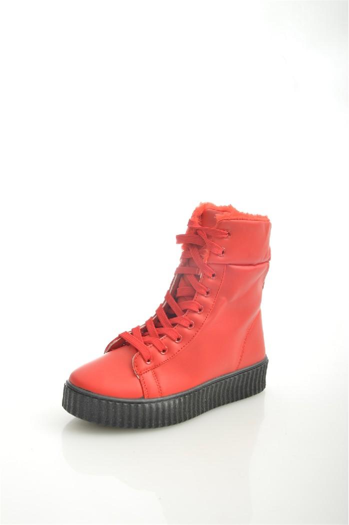 Кеды YZYЖенская обувь<br>Цвет: красный<br> Материал верха: кожа искусственная<br> Материал подкладки: мех искусственный<br> Материал стельки: мех искусственный<br> Материал подошвы: полимер, рифленая<br> Сезон: зима<br> Высота голенища: 15 см<br> Параметры изделия: для размера 37/37: высота платформы 2,5-3,5 см, ширина носка стельки 7,2 см, длина стельки 24 см<br> <br> Страна дизайна: Китай<br> Страна производства: Китай<br><br>Высота платформы: 2.5 см<br>Высота голенища / задника: 15 см<br>Материал: Искусственная кожа<br>Сезон: ЗИМА<br>Коллекция: Осень-зима<br>Пол: Женский<br>Возраст: Взрослый<br>Цвет: Красный<br>Размер RU: 37