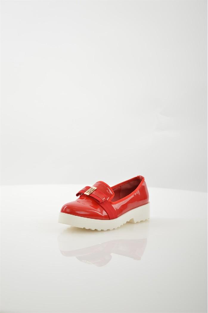 Туфли NorkaЖенская обувь<br>Материал подошвы: искусственный материал, рифленая<br> Материал верха: кожа искусственная лакированная<br> Цвет: красный<br> Материал подкладки: кожа искусственная<br> Материал стельки: кожа искусственная<br> Параметры изделия: для размера 37/37: высота платформы 2 см, ширина носка стельки 7,6 см, длина стельки 24 см<br> Страна производства: Турция<br> Страна дизайна: Италия<br><br>Высота платформы: 2 см<br>Материал: Искусственная кожа<br>Сезон: МУЛЬТИ<br>Коллекция: Весна-лето<br>Пол: Женский<br>Возраст: Взрослый<br>Цвет: Красный<br>Размер RU: 37