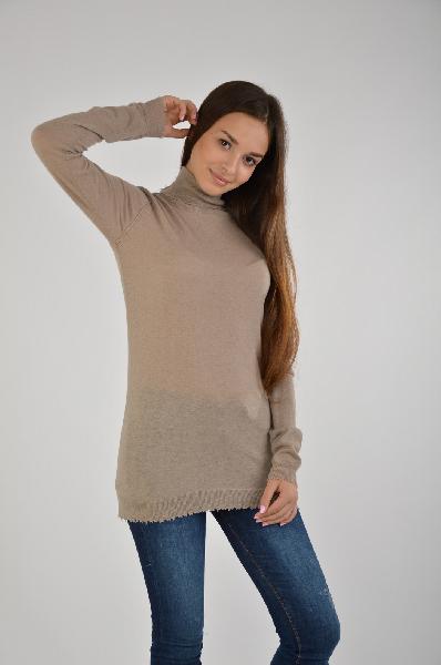 Водолазка Twin-set JeansЖенская одежда<br>Состав: 50% Шерсть, 45% Полиэстер, 5% Кашемир<br> Детали: легкий трикотаж, эффект поношенности, одноцветное изделие, высокий воротник, длинные рукава, без карманов, без аппликаций<br>Страна: Италия<br><br>Материал: Шерсть<br>Сезон: ВЕСНА/ОСЕНЬ<br>Коллекция: Осень-зима<br>Пол: Женский<br>Возраст: Взрослый<br>Цвет: Серый<br>Размер INT: S