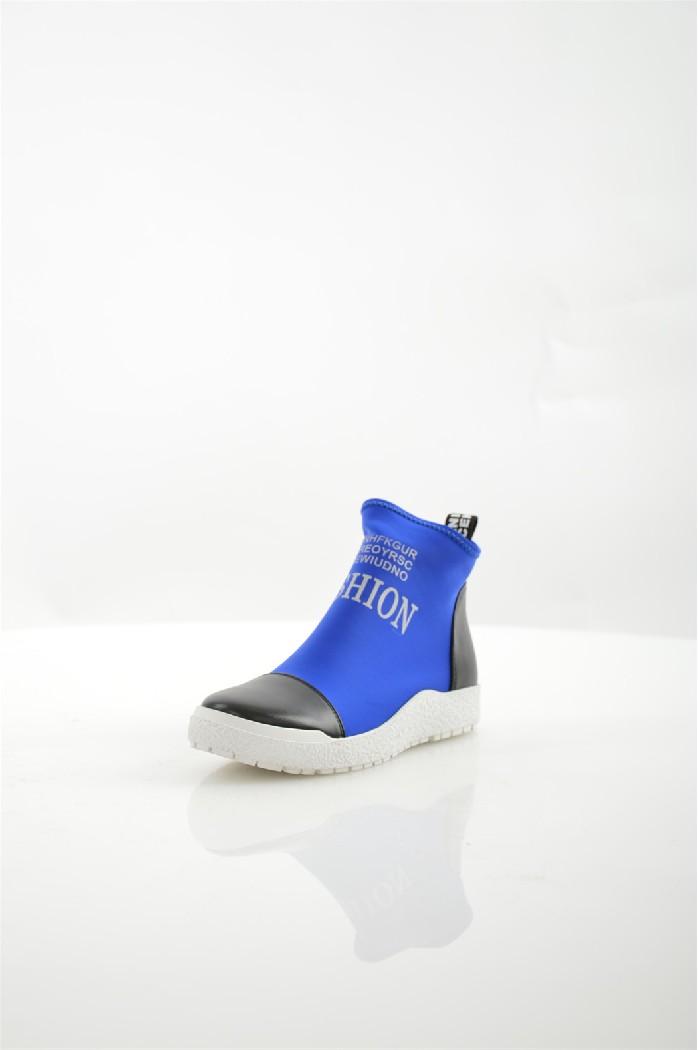 Ботинки ELSIЖенская обувь<br>Уход за изделием: деликатная ручная чистка<br> Материал подошвы: искусственный материал, рифленая<br> Материал верха: текстиль - стрейч<br> Цвет: синий, черный<br> Материал подкладки: кожа искусственная<br> Материал стельки: кожа искусственная<br> Параметры изделия: для размера 37/37: высота платформы 2-3 см, ширина носка стельки 7,7 см, длина стельки 24 см.<br> Параметры изделия: для размера 38/38: высота платформы 2-3 см, ширина носка стельки 7,8 см, длина стельки 24,5 см.<br> <br> Страна дизайна: Италия<br><br>Высота каблука: 3 см<br>Материал: Текстиль<br>Сезон: ВЕСНА/ОСЕНЬ<br>Коллекция: Весна-лето<br>Пол: Женский<br>Возраст: Взрослый<br>Цвет: Синий<br>Размер RU: 37