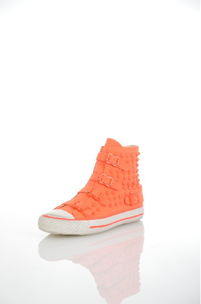 Кеды ASHЖенска обувь<br>Цвет: оранжевый<br> <br> Состав: текстиль 100%<br> <br> Материал подошвы Резина: 0 %<br> По назначени Ходьба<br> Материал подкладки: натуральна кожа: 0 %<br> Материал стельки: натуральна кожа: 0 %<br> Вид обуви низкие<br> Вид каблука без каблука<br> Вид мыска круглый<br> Фактура материала Гладкий<br> Сезон демисезон<br> Пол Женский<br> Страна Итали<br><br>Материал: Текстиль<br>Сезон: ВЕСНА/ОСЕНЬ<br>Коллекци: Осень-зима<br>Пол: Женский<br>Возраст: Взрослый<br>Цвет: Оранжевый<br>Размер RU: 37