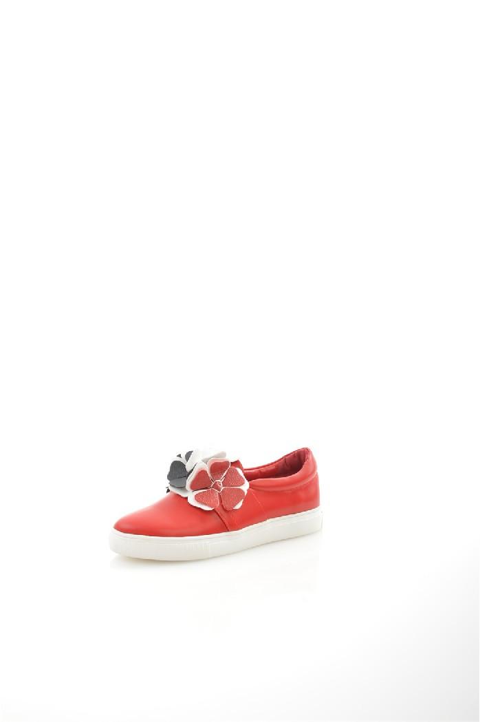 Слипоны HAVINЖенская обувь<br>Цвет: красный<br> Состав: экокожа 100%<br> <br> Материал подкладки обуви: Искусственная кожа<br> Габариты предмета (см): высота платформы: 2.5 см<br> Материал подошвы обуви: резина<br> Материал стельки: искусственная кожа<br> <br> Сезон: круглогодичный<br><br>Высота каблука: Без каблука<br>Высота платформы: 2.5 см<br>Материал: Эко-кожа<br>Сезон: МУЛЬТИ<br>Коллекция: Весна-лето<br>Пол: Женский<br>Возраст: Взрослый<br>Цвет: Красный<br>Размер RU: 38