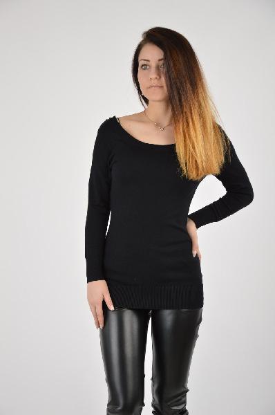 Джемпер ADL knitwearЖенская одежда<br>Базовая модель джемпера с длинным рукавом в черном цвете. Изделие выполнено из тонкого материала, который плотно обтягивает фигуру.<br>Материал: 80% Вискоза, 20% Полиамид<br><br>Страна: Турция<br><br>Материал: Вискоза<br>Сезон: ВЕСНА/ОСЕНЬ<br>Коллекция: (Справочник &quot;Номенклатура&quot; (Общие)): Осень-зима<br>Пол: Женский<br>Возраст: Для малышей<br>Цвет: Черный<br>Размер INT: S
