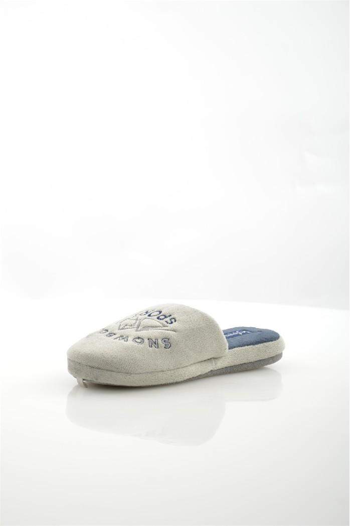 Тапочки De FonsecaДомашняя обувь<br>Цвет: серый<br> Состав: резина 100%<br> <br> Материал подкладки обуви: Текстиль<br> Габариты предмета: высота подошвы: 1 см; высота платформы: 1 см; высота каблука: 1 см<br> Материал подошвы обуви: резина<br> Материал стельки: текстиль<br> <br> Страна бренда: Италия<br><br>Высота каблука: 1 см<br>Материал: Резина<br>Сезон: МУЛЬТИ<br>Коллекция: Весна-лето<br>Пол: Мужской<br>Возраст: Взрослый<br>Цвет: Серый<br>Размер RU: 42/43