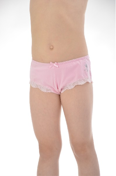 Трусы, 4 шт., ArinaОдежда для девочек<br>Цвет: розовый, белый<br> <br> Состав: хлопок 95%, эластан 5%<br> <br> Прекрасные трусы, выполненные из высококачественного материала. Модели украшены фирменным логотипом и милым бантиком. Отличный вариант на каждый день. В комплекте 4 шт.<br> <br> Габариты предметов Высота посадки, 14.0 см<br> Сезон круглогодичный<br> Пол Девочки<br> Страна Италия<br><br>Материал: Хлопок<br>Сезон: МУЛЬТИ<br>Коллекция: Весна-лето<br>Пол: Женский<br>Возраст: Детский<br>Цвет: Разноцветный<br>Размер Height: 146