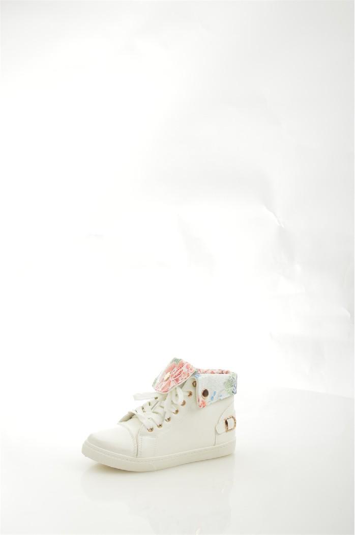 Кеды IdealЖенская обувь<br>Материал верха: искусственная кожа<br> Внутренний материал: текстиль<br> Материал подошвы: резина<br> Материал стельки: текстиль<br> Высота голенища / задника: 10 см<br> Сезон: демисезон<br> Цвет: белый<br> Узор: цветочный<br> <br> Страна: Россия<br><br>Высота голенища / задника: 10 см<br>Материал: Искусственная кожа<br>Сезон: МУЛЬТИ<br>Коллекция: Осень-зима<br>Пол: Женский<br>Возраст: Взрослый<br>Цвет: Белый<br>Размер RU: 37