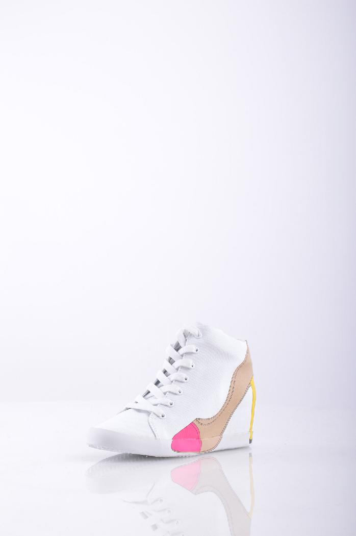 Кеды OLOЖенская обувь<br>Цвет: Белый<br> <br> Материал: парусина, шнуровка, одноцветное изделие, скругленный носок, принт, резиновая подошва, логотип, танкетка из резины. <br> <br> Высота каблука: 5 см.<br> <br> Страна: Италия<br><br>Высота каблука: 5 см<br>Материал: Текстильное волокно<br>Сезон: МУЛЬТИ<br>Коллекция: Весна-лето<br>Пол: Женский<br>Возраст: Взрослый<br>Цвет: Белый<br>Размер RU: 37
