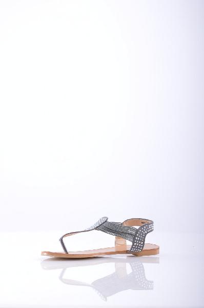 Inario СандалииЖенская обувь<br>Оригинальные сандалии от Inario. Верх модели выполнен из плотного бархатистого текстиля и украшен блестящими стразами, внутренняя часть отделана гладкой искусственной кожей. Детали: застежка на резинках, гладкая подошва с небольшим каблуком.<br><br>Материал верха    текстиль<br>Внутренний материал    искусственная кожа<br>Материал стельки    искусственная кожа<br>Материал подошвы    искусственный материал<br>Страна: Россия<br><br>Материал: Текстиль<br>Сезон: ЛЕТО<br>Коллекция: Весна-лето<br>Пол: Женский<br>Возраст: Взрослый<br>Цвет: Черный<br>Размер RU: 38