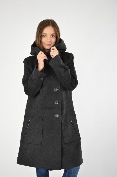 Пальто COP.COPINEЖенская одежда<br>Материал: 75% Шерсть, 20% Полиамид, 5% Кашемир<br> Страна: Франция<br>Пальто на молнии с капюшоном в спортивном стиле можно сочетать джинсами и обувью на плоском ходу. Не мало важная деталь - наличие капюшона, что так редко встречается у данных моделей верхней одежды. В районе бёдер расположены удобные карманы.<br><br>Материал: Шерсть<br>Сезон: ЗИМА<br>Коллекция: Осень-зима<br>Пол: Женский<br>Возраст: Взрослый<br>Цвет: Черный<br>Размер INT: L