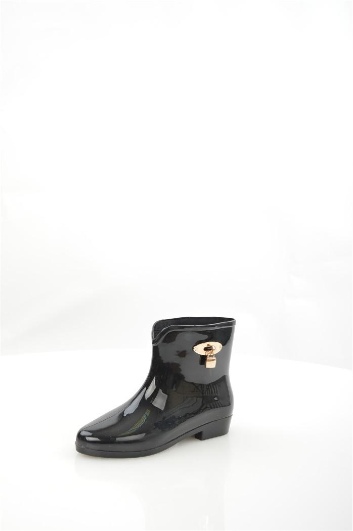 Резиновые полусапоги IdealЖенская обувь<br>Детали: декоративный замочек, гибкая подошва с рельефным протектором.<br> Материал верха: резина<br> Внутренний материал: текстиль<br> Материал подошвы: резина<br> Материал стельки: полимер<br> Высота каблука: 2.5 см<br> Высота голенища / задника: 14 см<br> Обхват голенища: 33 см<br> Сезон: демисезон<br> Цвет: черный<br> <br> Страна: Россия<br><br>Высота каблука: 2.5 см<br>Объем голени: 33 см<br>Высота голенища / задника: 14 см<br>Материал: Резина<br>Сезон: ВЕСНА/ОСЕНЬ<br>Коллекция: Весна-лето<br>Пол: Женский<br>Возраст: Взрослый<br>Цвет: Черный<br>Размер RU: 38