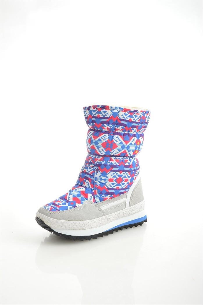 Дутики King BootsЖенская обувь<br>Цвет: белый<br> Состав: нейлон 80%, натуральная замша 20%<br> <br> Вид застежки: Молния<br> Материал подкладки обуви: Искусственный мех<br> Голенище: Высота голенища: 22 см; Обхват голенища: 34 см<br> Габариты предмета (см): высота подошвы: 2.5 см<br> Материал подошвы обуви: резина; ЭВА (этиленвинилацетат)<br> Материал стельки: искусственный мех<br> Форма мыска: круглый<br> Сезон: зима<br> <br> Страна бренда: Германия<br><br>Высота платформы: 2.5 см<br>Объем голени: 34 см<br>Высота голенища / задника: 22 см<br>Материал: Нейлон<br>Сезон: ЗИМА<br>Коллекция: Осень-зима<br>Пол: Женский<br>Возраст: Взрослый<br>Цвет: Разноцветный<br>Размер RU: 37