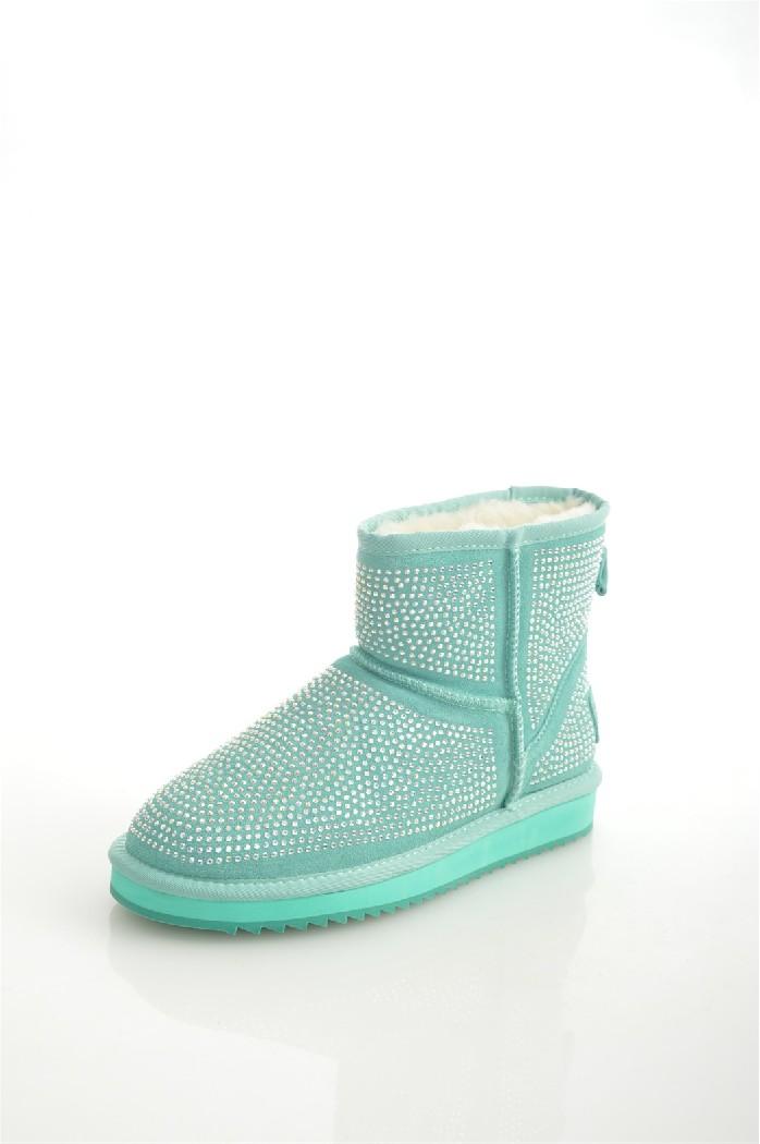 Полусапоги AmazongaЖенская обувь<br>Цвет: зеленый, бирюзовый<br> Состав: спилок 100%<br> <br> Материал подкладки обуви: Искусственный мех<br> Голенище: Высота голенища: 12 см; Обхват голенища: 30 см<br> Габариты предмета (см): высота подошвы: 2 см; высота каблука: 2 см; высота платформы: 2 см<br> Материал подошвы обуви: резина<br> Материал стельки: искусственный мех<br> Сезон: зима<br> <br> Страна бренда: Россия<br> Страна производитель: Китай<br><br>Высота каблука: 2 см<br>Высота платформы: 2 см<br>Объем голени: 30 см<br>Высота голенища / задника: 12 см<br>Материал: Спилок<br>Сезон: ЗИМА<br>Коллекция: Осень-зима<br>Пол: Женский<br>Возраст: Взрослый<br>Цвет: Бирюзовый<br>Размер RU: 38