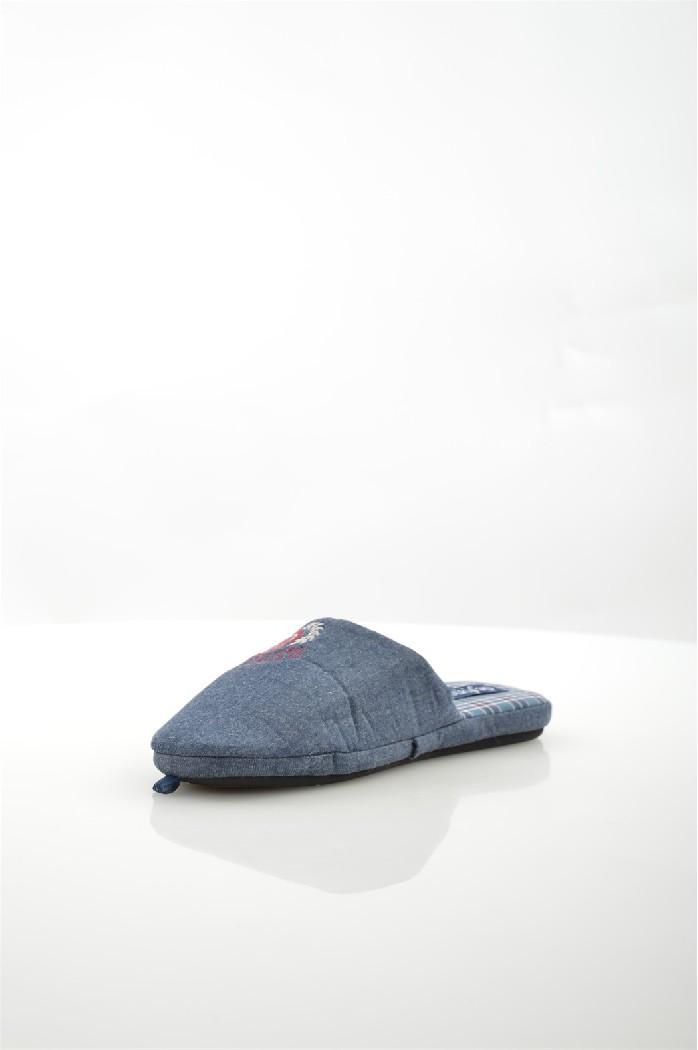 Тапочки De FonsecaДомашняя обувь<br>Цвет: темно-синий<br> Состав: текстиль 100%<br> <br> Материал подошвы: Резина<br> Габариты предмета: высота каблука: 1 см<br> Материал подкладки: текстиль<br> Сезон: круглогодичный<br> <br> Страна бренда: Италия<br><br>Высота каблука: 1 см<br>Материал: Текстиль<br>Сезон: МУЛЬТИ<br>Коллекция: (Справочник &quot;Номенклатура&quot; (Общие)): Весна-лето<br>Пол: Мужской<br>Возраст: Взрослый<br>Цвет: Темно-синий<br>Размер RU: 44/45