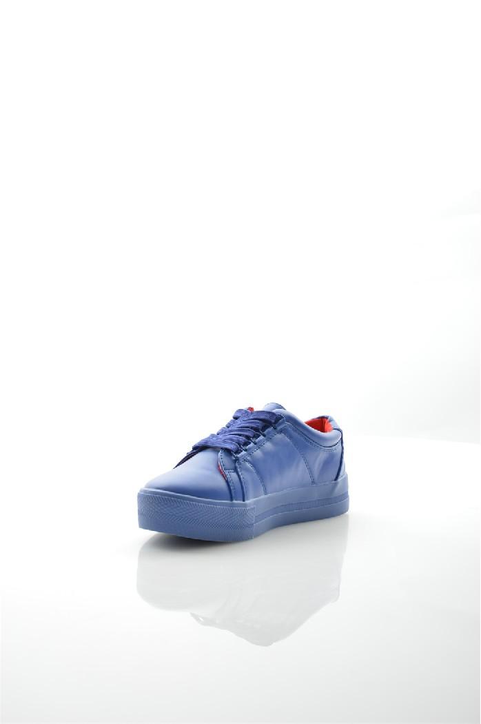 Кеды United Colors of BenettonЖенская обувь<br>Цвет: синий<br> Состав: искусственная кожа 100%<br> <br> Материал подкладки обуви: Без подкладки; Текстиль<br> Габариты предмета: высота подошвы: 2 см<br> Материал подошвы обуви: искусственный материал<br> Материал стельки: без стельки; текстиль<br> Сезон: демисезон<br> <br> Страна: Италия<br><br>Высота каблука: Без каблука<br>Высота платформы: 2 см<br>Высота голенища / задника: 9 см<br>Материал: Искусственная кожа<br>Сезон: ВЕСНА/ОСЕНЬ<br>Коллекция: Весна-лето<br>Пол: Женский<br>Возраст: Взрослый<br>Цвет: Синий<br>Размер RU: 37