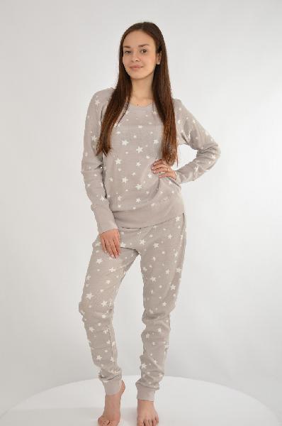 Пижама VIVANCE COLLECTIONЖенская одежда<br>Пижама. Актуальные модели! Окантовка в рубчик на круглом вырезе, по краям рукавов и брючин. Узкие брюки с эластичным поясом. 3 нежных принта. Эластичный<br> <br> Материал: материал верха: 95% хлопок, 5% эластан<br> <br> Страна: Германия<br><br>Материал: Хлопок<br>Сезон: МУЛЬТИ<br>Коллекция: Весна-лето<br>Пол: Женский<br>Возраст: Взрослый<br>Цвет: Серый<br>Размер INT: L