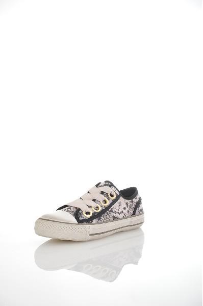 Кеды ASHЖенская обувь<br>Цвет: серый, черный<br> Состав: текстиль,резина<br> <br> Вид застежки: Шнурки<br> Высота платформы: Высокая: 3.5 см<br> Материал верха: Текстиль<br> Материал подошвы: Резина: 100 %<br> Особенность материала верха: С рисунком<br> Декоративные элементы: принт<br> Материал по...<br><br>Высота платформы: 3.5 см<br>Материал: Текстиль<br>Сезон: ВЕСНА/ОСЕНЬ<br>Коллекция: (Справочник &quot;Номенклатура&quot; (Общие)): Весна-лето<br>Пол: Женский<br>Возраст: Взрослый<br>Цвет: Серый<br>Размер RU: 37