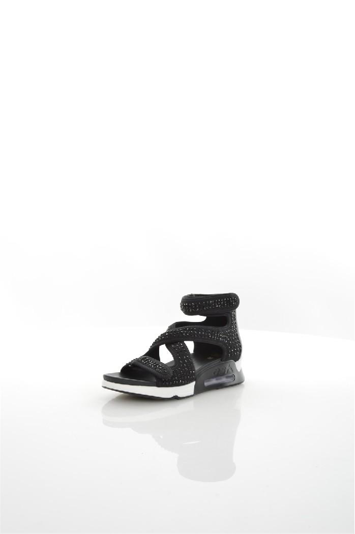 Сандалии ASHЖенская обувь<br>Цвет: черный<br> Состав: натуральная кожа,текстиль<br> <br> Вид застежки: Липучка<br> Фактура материала: Текстильный<br> Материал стельки: Текстиль; натуральная кожа<br> Материал подошвы: Резина<br> Высота каблука: высота: 5 см<br> Материал подкладки: натуральная кожа; текстиль<br> Высота обуви: низкие<br> Вид каблука: без каблука<br> Вид мыска: открытый<br> Сезон: лето<br> Пол: Женский<br> Страна: Италия<br><br>Высота каблука: 5 см<br>Материал: Натуральная кожа<br>Сезон: ЛЕТО<br>Коллекция: Весна-лето<br>Пол: Женский<br>Возраст: Взрослый<br>Цвет: Черный<br>Размер RU: 37